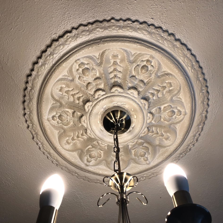 ceiling rose - living room
