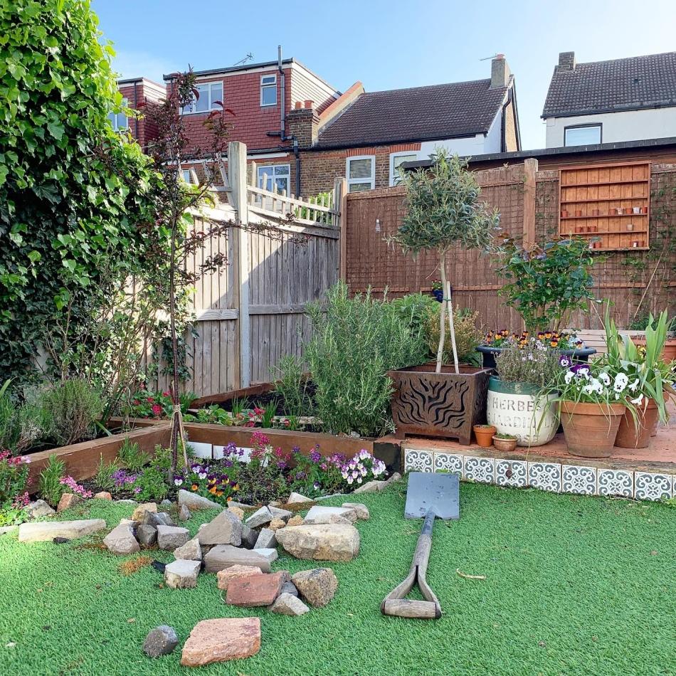 removing astroturf from garden