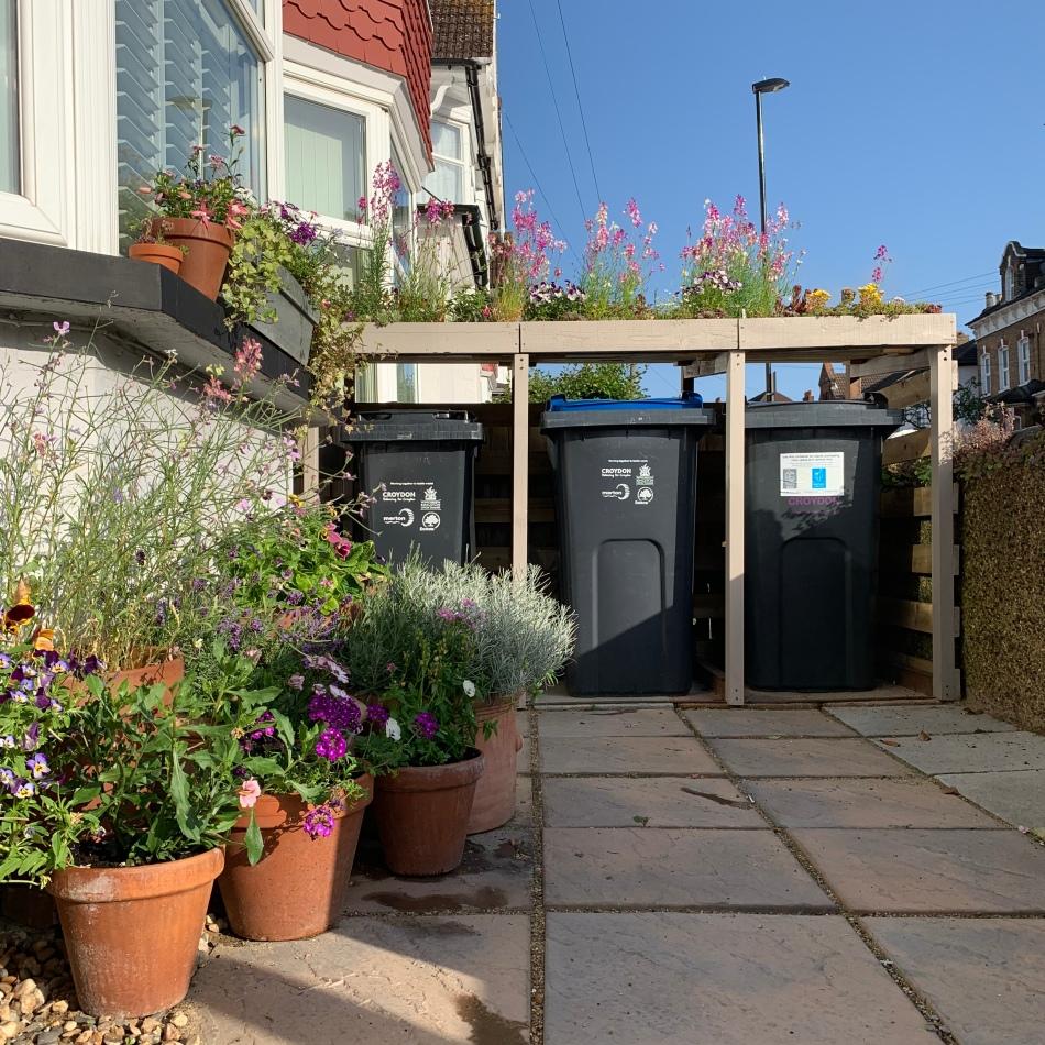 container garden living roof bin store