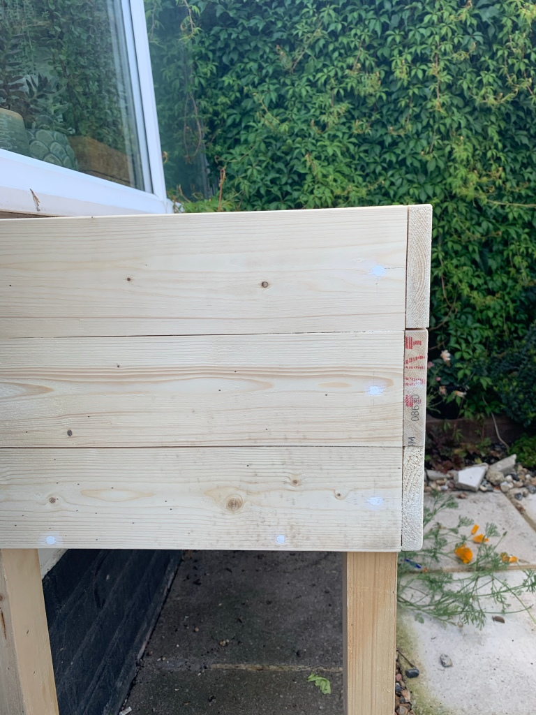 DIY herb planter how planets fit together